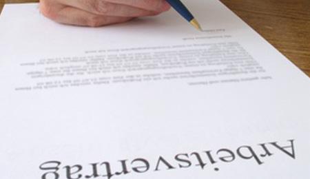 Aufhebung eines Geschäftsführeranstellungsvertrags kann auch mündlich erfolgen