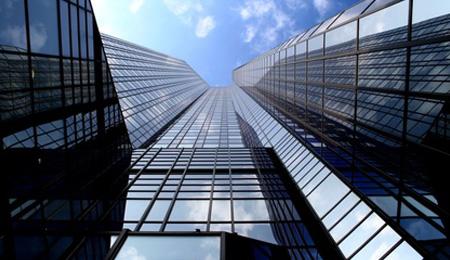 Zur Anfechtbarkeit der Entnahme von Guthaben auf einem Kapitalkonto des Kommanditisten
